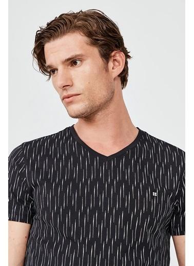 Avva Erkek  V Yaka Baskılı Tişört A02Y1040 Siyah